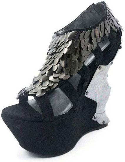 MONIQUE Black Sandal Platform
