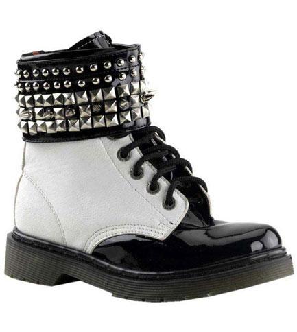 RIVAL-106 White Pyramid Boots