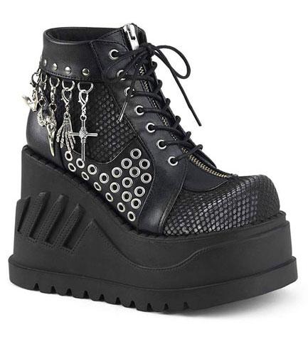 STOMP-18 Black Platform Boots